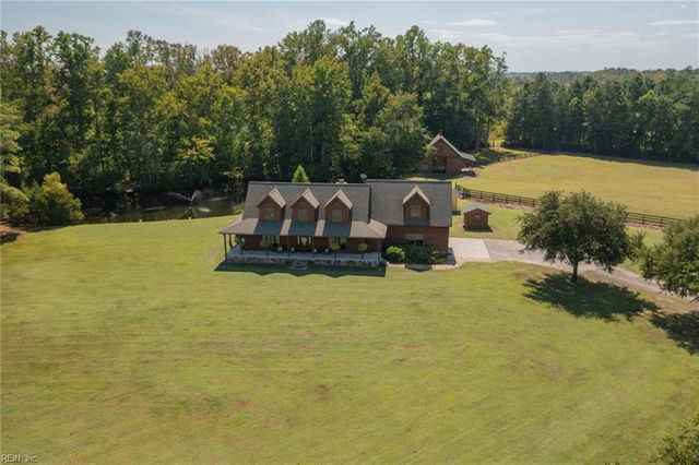 Listing photo 1 for 673 Princess Anne Rd