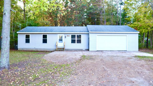 Listing photo 1 for 4093 Central Rd
