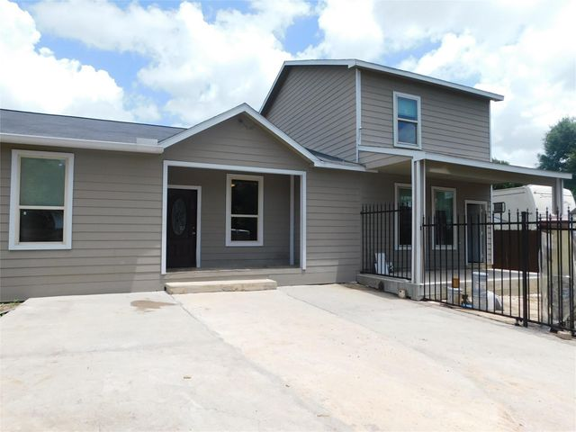 Listing photo 1 for 435 Cypress Ave