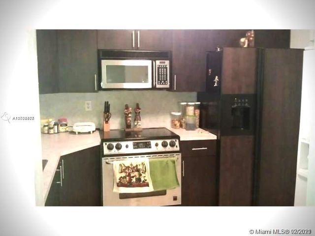 1540 NE 191st St Unit 104, Miami, 33179, FL - photo 0