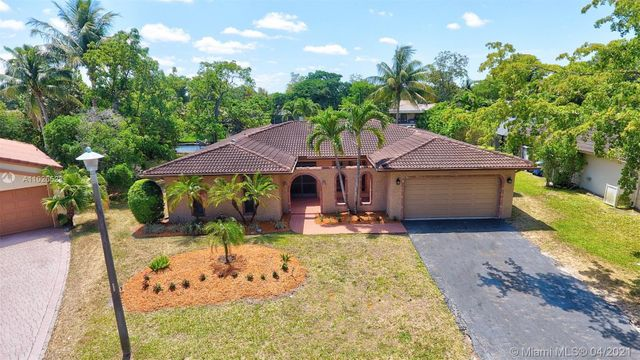 8322 NW 7th St, Coral Springs, 33071, FL - photo 0