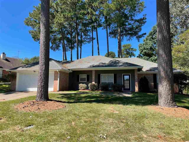 Listing photo 1 for 1427 Forbes Dr