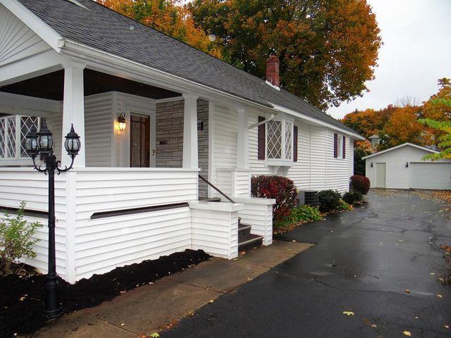 904 W Gray St, Elmira, 14905, NY - photo 0