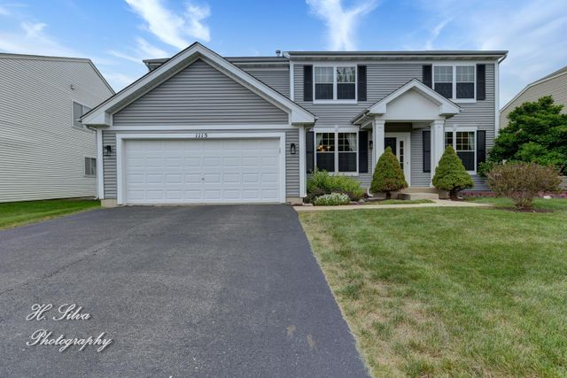 Listing photo 1 for 1115 Larkspur Ct