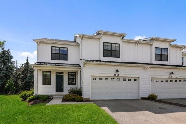 Listing photo 1 for 3739 Tramore Ct