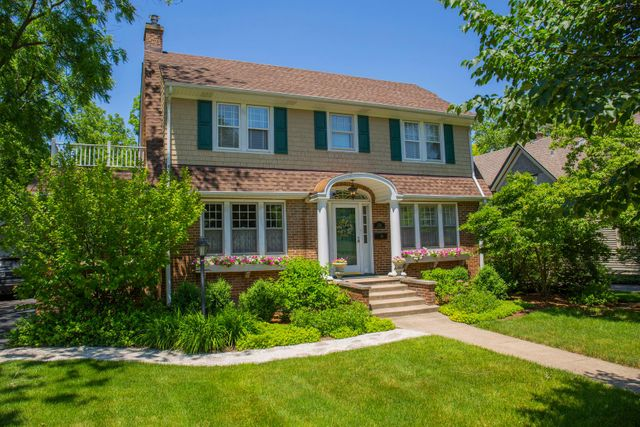 1218 Maple Ave, Downers Grove, 60515, IL - photo 0