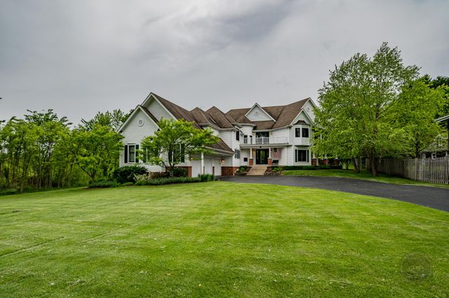 3946 Glendenning Rd, Downers Grove, 60515, IL - photo 0