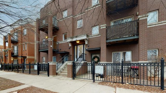 1226 S Blue Island Ave Unit 201, Chicago, 60608, IL - photo 0