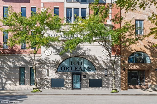 Listing photo 1 for 1444 N Orleans St Unit 7G