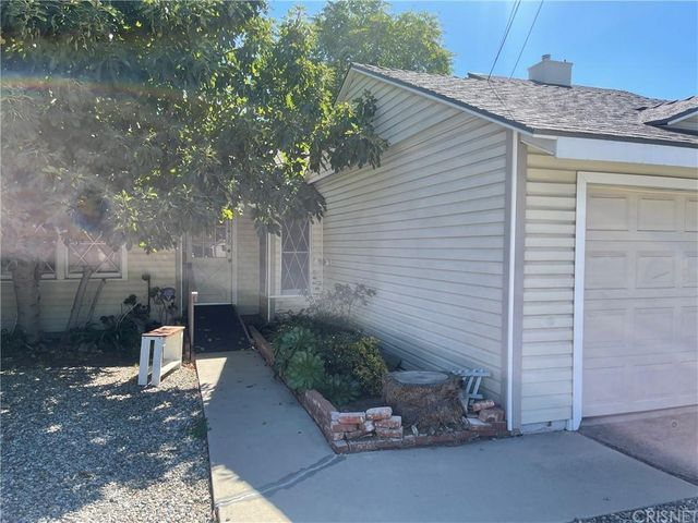 Listing photo 1 for 15436 Milbank St