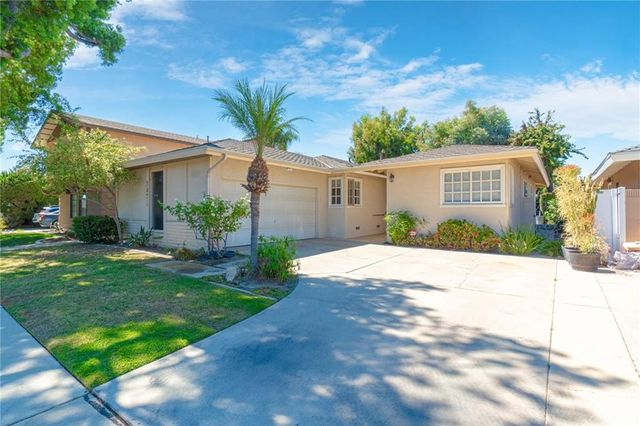 Listing photo 1 for 3471 Marna Ave