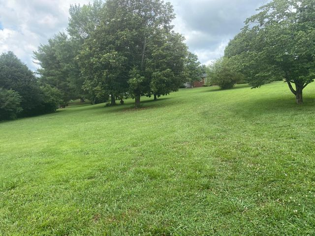 Listing photo 1 for 0 Country Club Rd