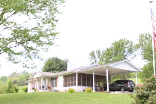 338 Knob Xing, Madisonville, 37354, TN - photo 0
