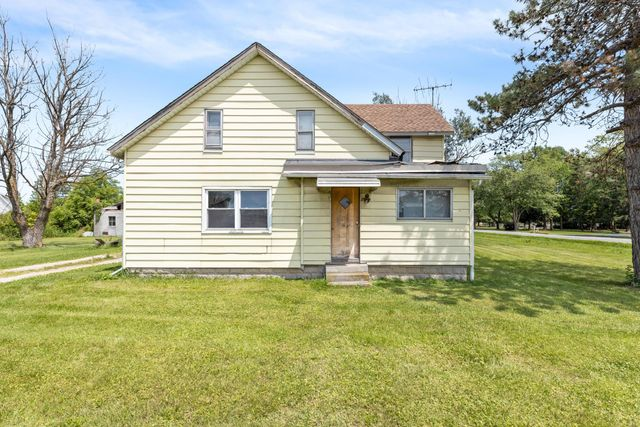 Property photo 1 featured at 3841 S Section Line Rd, Concord Township, OH 43015