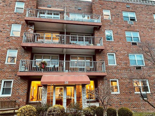 38 Fourth Ave Unit 2A, Haverstraw, 10960, NY - photo 0