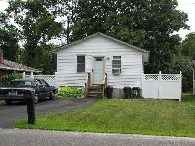 Address Not Disclosed, Brookhaven, 11950, NY - photo 0