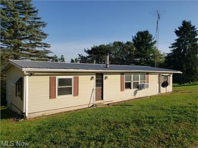 Listing photo 1 for 4625 Township Road 222