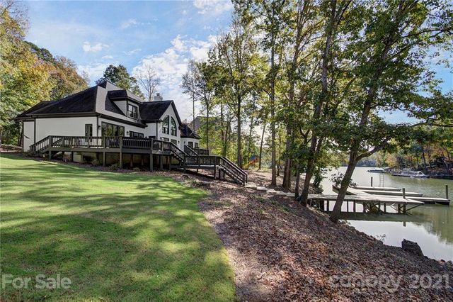2064 Mckee Rd, Fort Mill, 29708, SC - photo 0