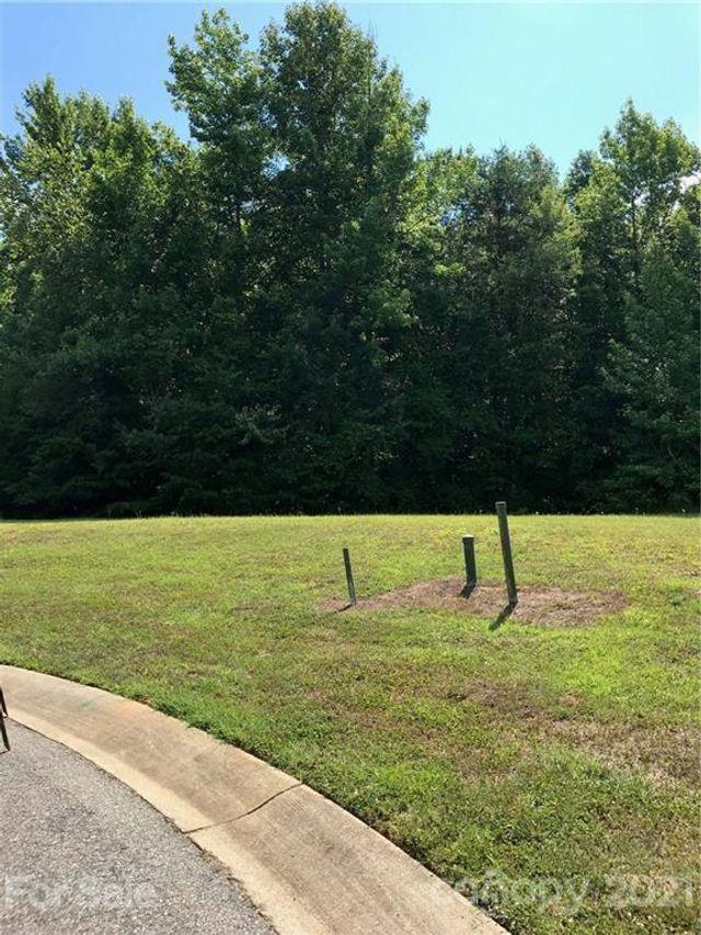 401 Doral Ct, Salisbury, 28144, NC - photo 0