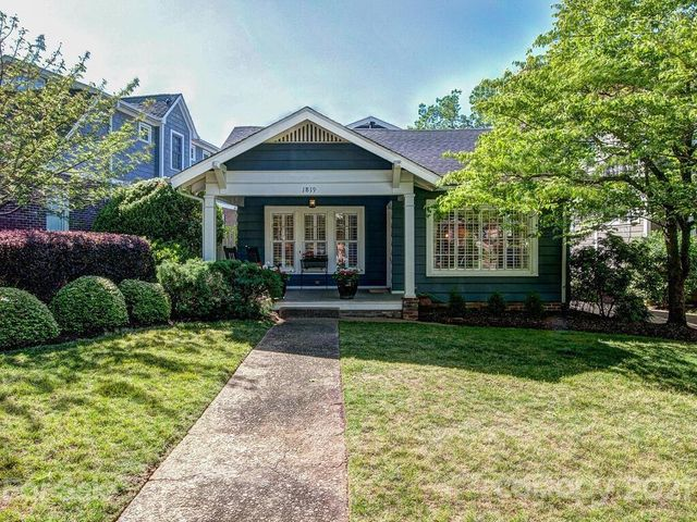 Listing photo 1 for 1819 Asheville Pl