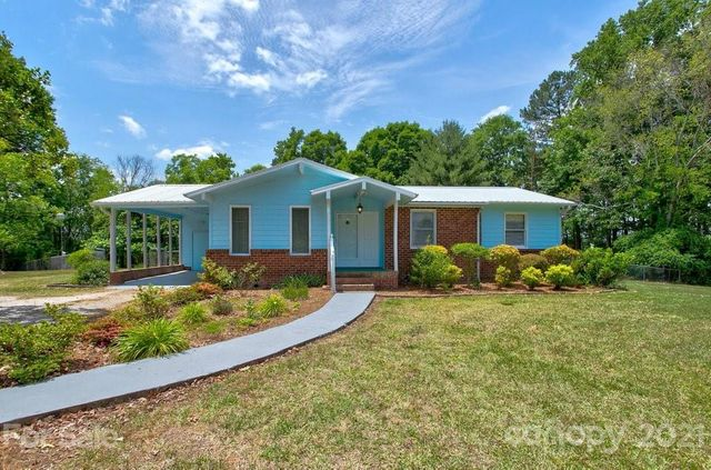 Listing photo 1 for 8073 Wateree Rd