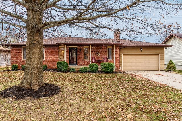 3132 W Broadmoor St, Campbell No. 2C Township, 65807, MO - photo 0