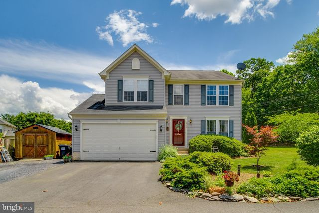 Listing photo 1 for 6700 Clarkes Meadow Dr
