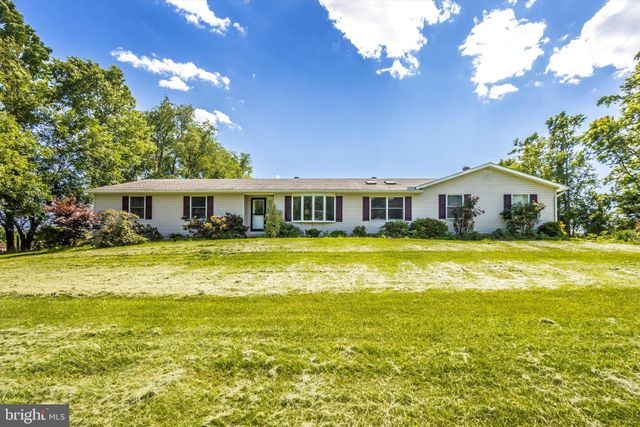 Listing photo 1 for 17943 Lappans Rd
