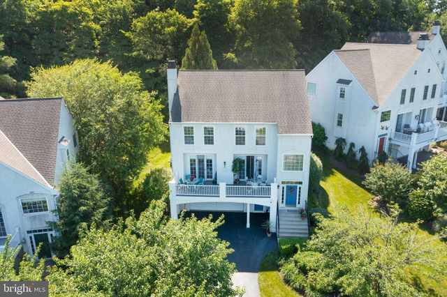 Listing photo 1 for 1438 Broad Run Rd