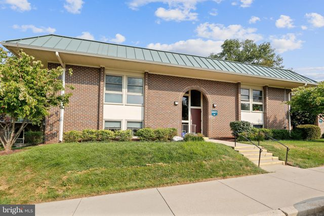 Listing photo 1 for 3441 S Leisure World Blvd Unit 84-2A