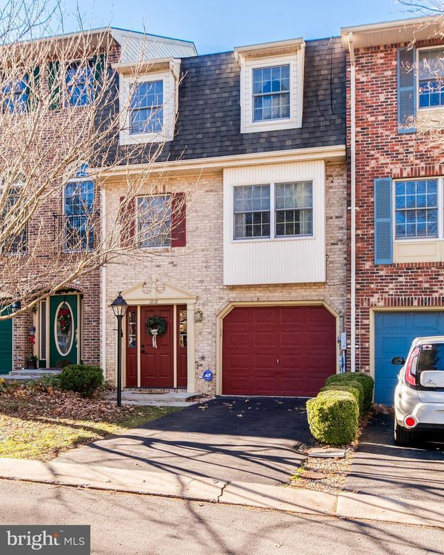 1018 Lindsay Ln, Hagerstown, 21742, MD - photo 0