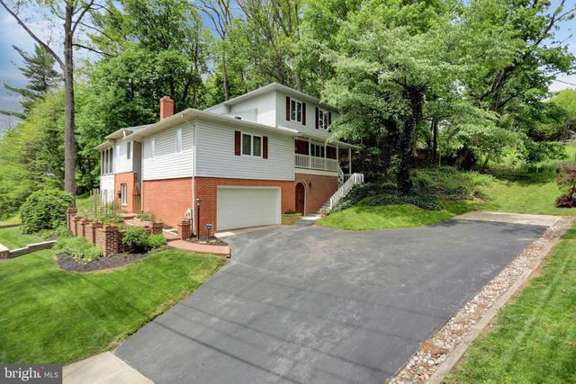 Listing photo 1 for 280 Uniontown Rd