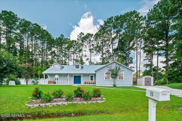 Listing photo 1 for 119 W Camelot Dr