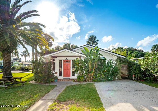 Listing photo 1 for 532 2nd St