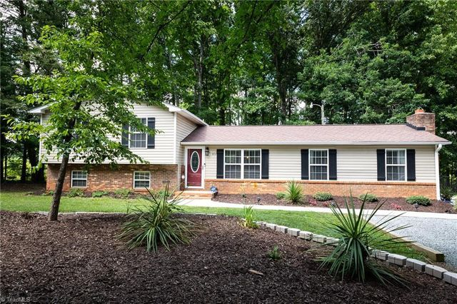 Listing photo 1 for 5717 Porterfield Rd