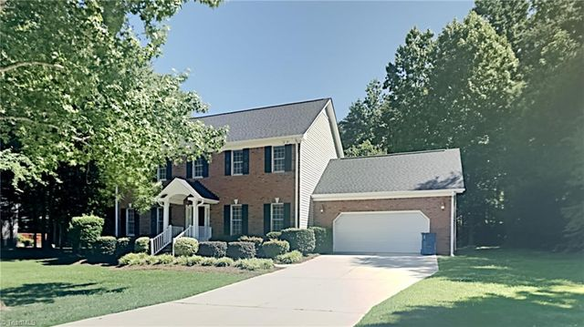 Listing photo 1 for 3507 Annry Dr