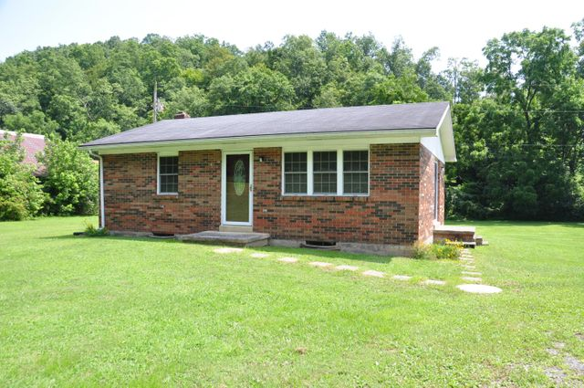 Listing photo 1 for 885 Centerville Rd