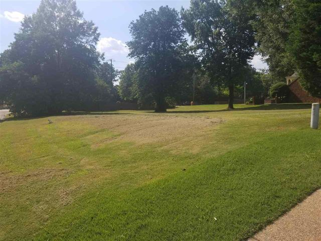 Listing photo 1 for 7536 Tagg Dr
