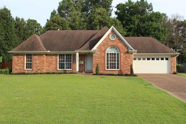 Listing photo 1 for 10131 Victor Dr