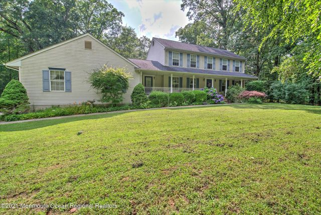 Listing photo 1 for 63 Brynmore Rd