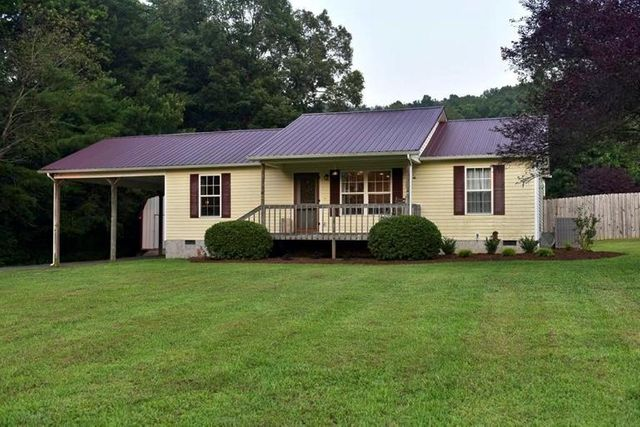 Listing photo 1 for 2252 Old Federal Rd