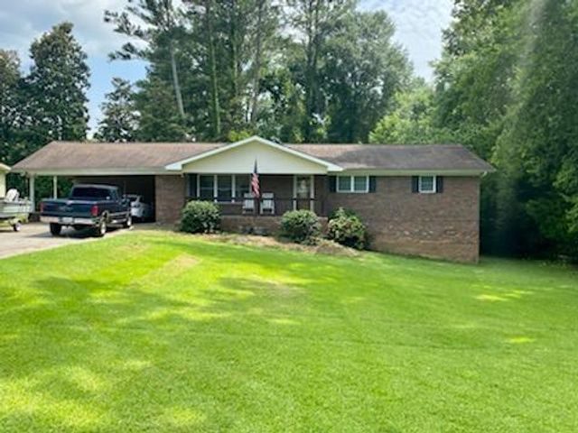 Listing photo 1 for 2607 Rocky Dr