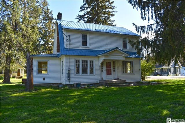 Listing photo 1 for 2062 S Maple Ave