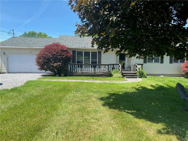 Listing photo 1 for 5873 Valley Mills Rd