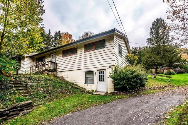 Listing photo 1 for 23 Christian Hill Rd