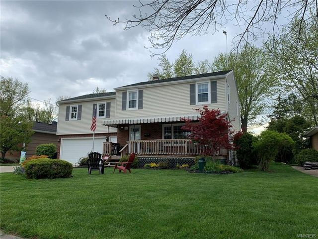 Listing photo 1 for 280 Clearfield Dr