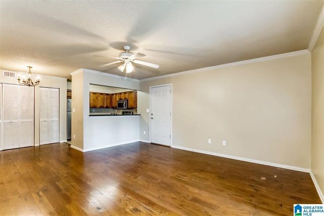 Listing photo 1 for 120 15th St Unit 804