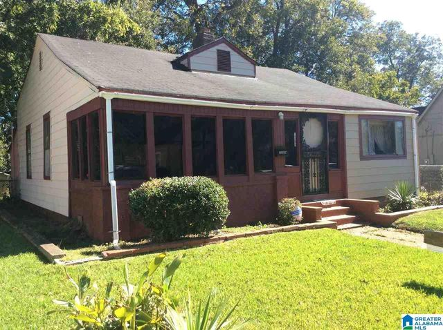 Listing photo 1 for 1305 Gulfport St