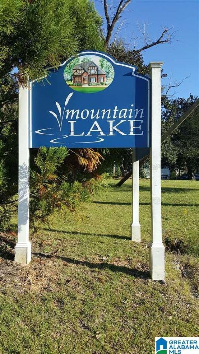 Listing photo 1 for 244 Mountain Lake Trl Unit 24