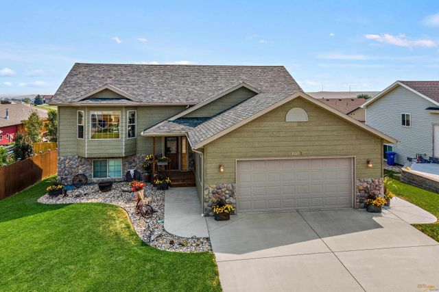 Property photo 1 featured at 4612 Mandalay Ln, Rapid City, SD 57701